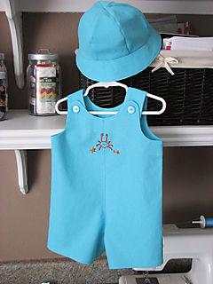 Baby boy gift blue linen 01